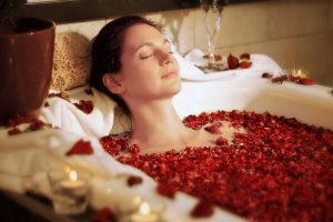 Entspannungsbad selber machen - 5 wohltuende Rezepte für die absolute Entspannung