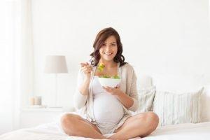 Vegane Ernährung in Schwangerschaft und Stillzeit