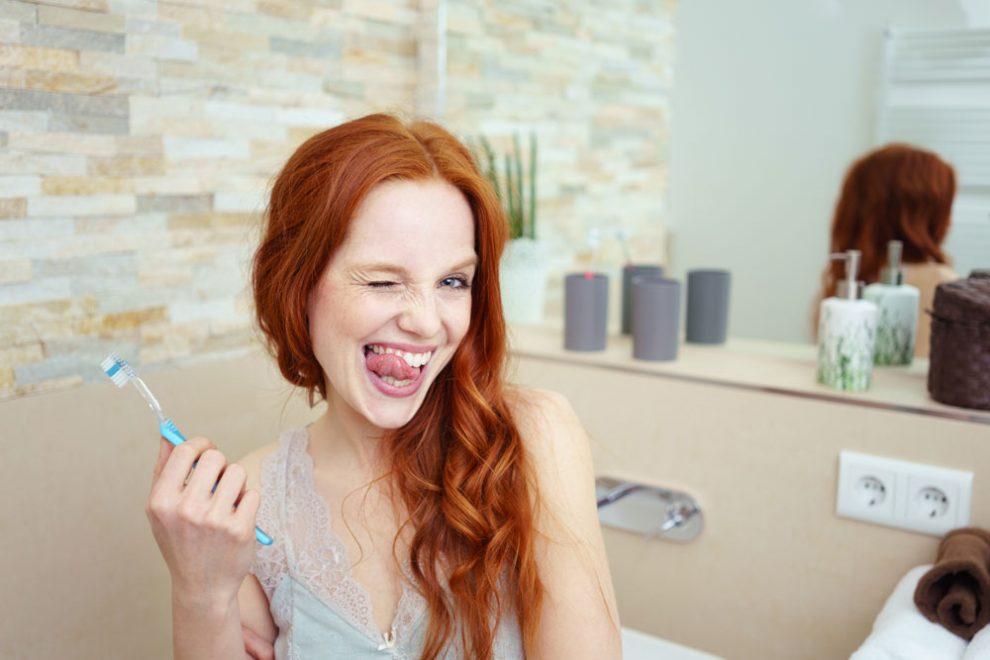 weiße Zähne Hausmittel