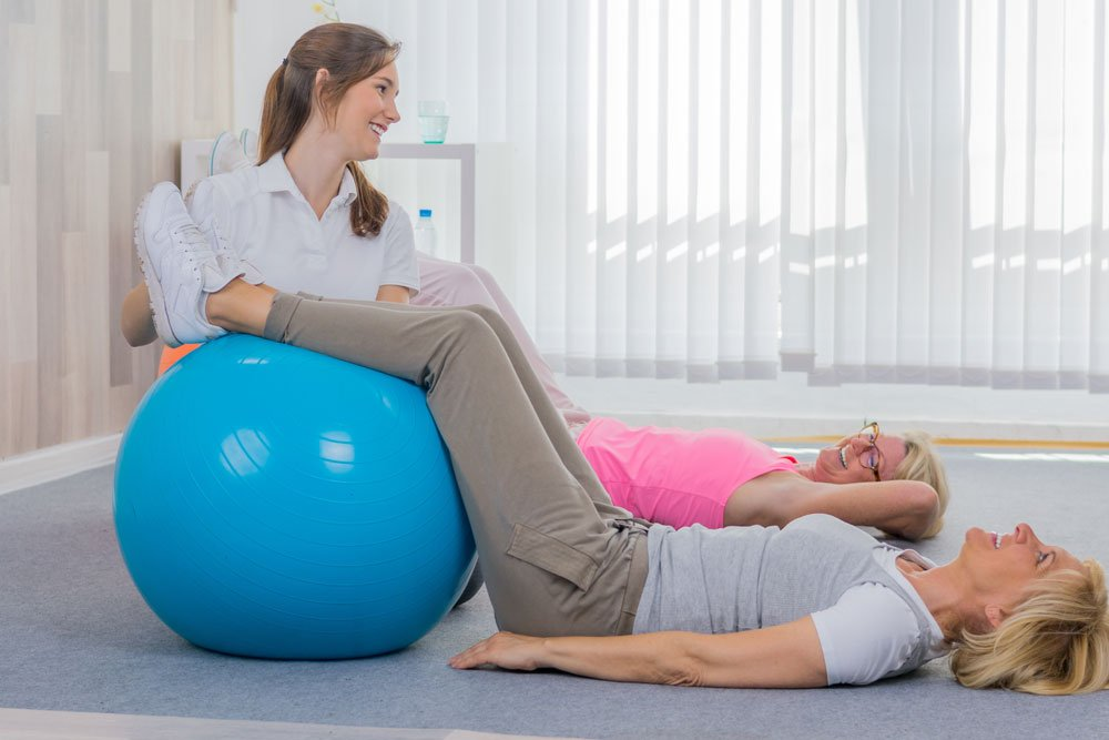 Sit ups  mit Gymnastikball