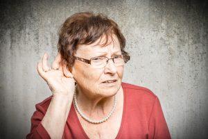 Schwerhörigkeit – Arten, Ursachen, Behandlung und Folgen